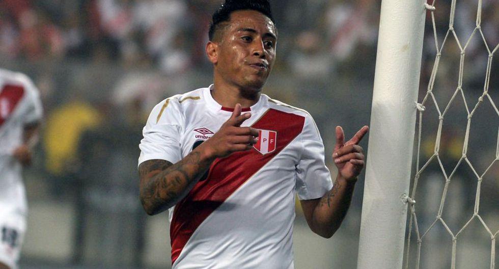Celebra, Christian. El peruano recibió habilitación de la FIFA. (Foto: AFP)