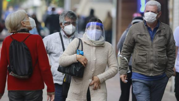 El Ejecutivo señaló que se mantienen las medidas restrictivas para detener los contagios y fallecidos en la segunda ola de COVID-19. (Foto: Andina)