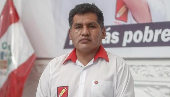 Jaime Quito, de Perú Libre, defendió el proyecto de ley que establece que el Gobierno controle el contenido de los medios de comunicación. (Foto: César Campos / Archivo GEC)