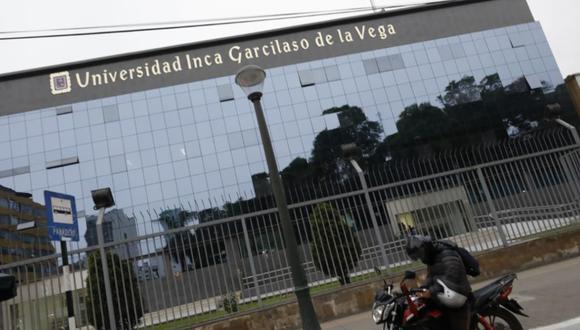 Alumnos de la UIGV consternados por su inminente cierre. Foto: GEC