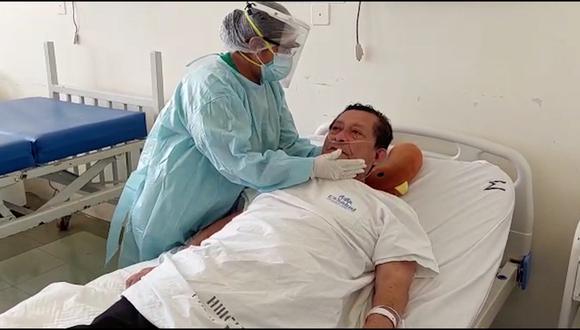 Félix Campos Cáceres, trabajador municipal que pronto volverá a su hogar, luego de superar el estado crítico del COVID-19, gracias a la oxigenoterapia. (Foto: Essalud)