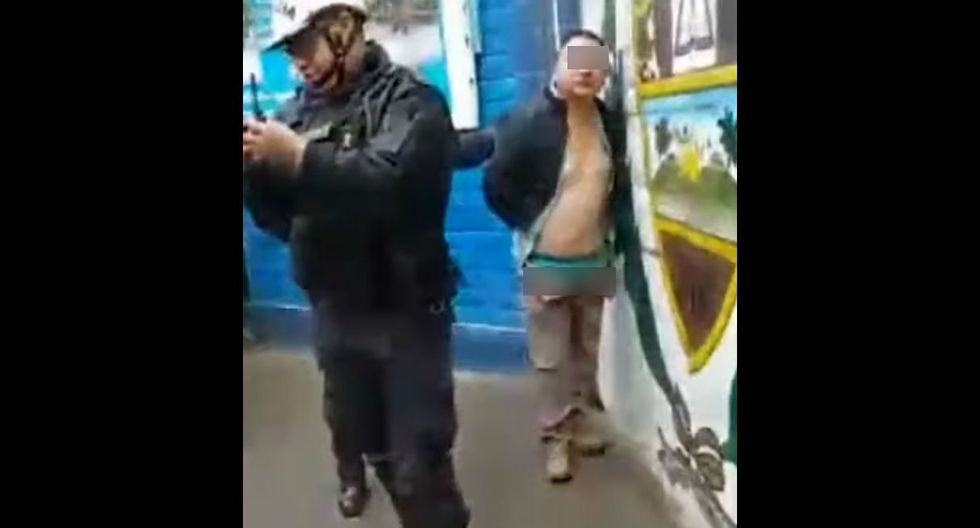 Denuncian que profesor manoseó a menores y lo encuentran en el aula con los pantalones abajo. Foto: Captura de pantalla de ATV Noticias