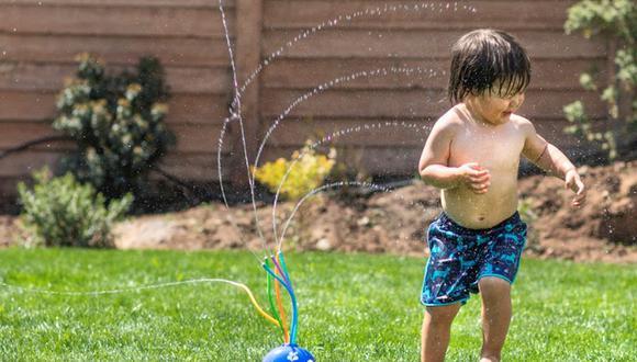 Diversos artículos como toallas, mangueras, canastas de picnic, entre otros son de utilidad para pasarla bien y divertirse en casa. (Foto: Casaideas)