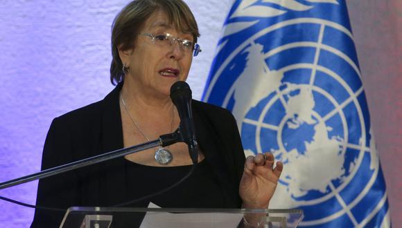 Michelle Bachelet hizo un llamamiento a los actores políticos y sociales para que mantengan la calma y no permitan que la disputa electoral derive en enfrentamientos. (Foto:  CRISTIAN HERNANDEZ / AFP)