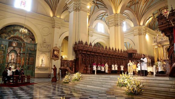 Los precios de las misas varían de acuerdo al distrito en donde se realice. Hasta la fecha el Sistema Informático Nacional de Defunciones (Sinadef) ha reportado 153 mil 436 decesos por COVID-19 (Foto: Municipalidad de Lima)