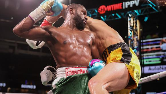 Floyd Mayweather decepcionó en su pelea contra Logan Paul. (Showtime Sports)