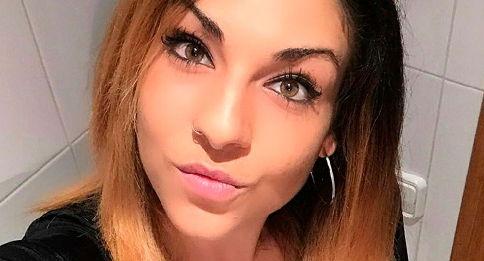 Adaia López Esteve  denunció que .....  (Facebook)
