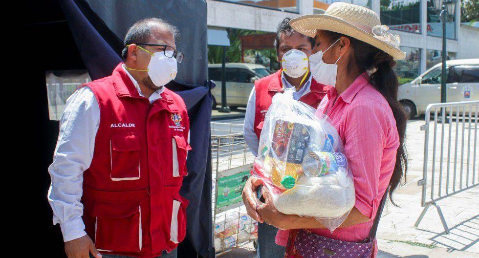 Arequipa. Alcalde Omar Candia anuncia reparto de canastas a 20 mil familias vulnerables.