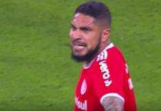 Paolo Guerrero casi pierde los papeles contra árbitro tras esta falta en Internacional vs Gremio [VIDEO]