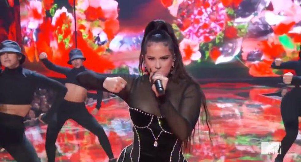 Rosalía realizó con gran éxito su primera presentación en los premios MTV Video Music Awards 2019. La española de 25 años puso a bailar a todos los presentes  en la gala. (Foto: Captura de pantalla)