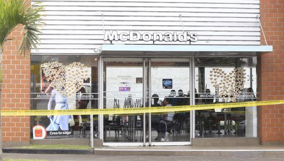Dos trabajadores de Mc Donald's mueren en confuso incidente (TROME)