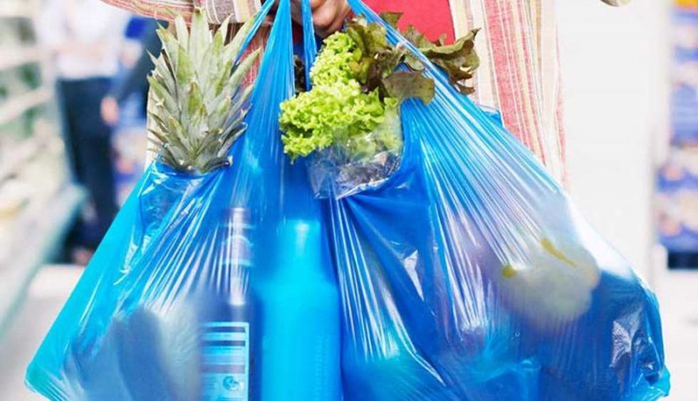 Congreso aprueba ley para prohibir uso de plástico