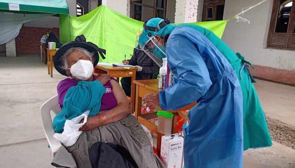 Junín: los adultos mayores de 80 años podrán acercarse a los puntos de vacunación en el horario de 8.00 a.m. a 4.00 p.m. (Foto: Diresa Junín)