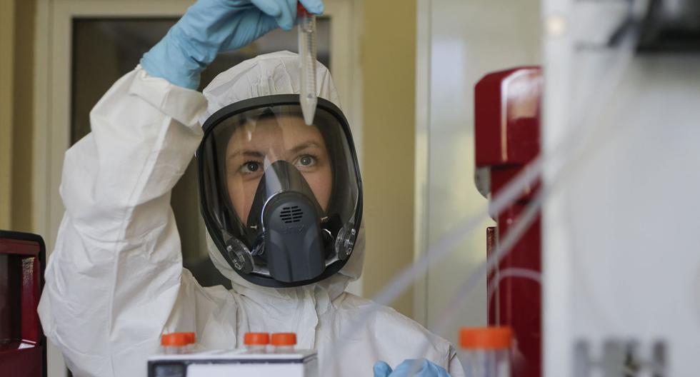 """Imagen referencial. El mes pasado, Rusia anunció que su vacuna contra el coronavirus entraba en la tercera y última fase de ensayos clínicos. La bautizó como """"Sputnik V"""". (Foto: EFE)"""