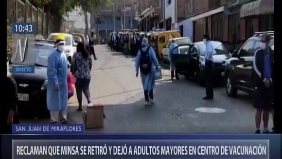 Denuncian que personal del Minsa se retiró y dejó a adultos mayores en centro de vacunación (VIDEO) - Correo