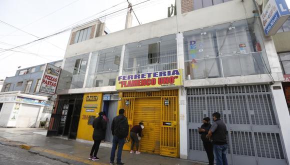 Sicarios asesinan a balazos a empresa ferretero, en Santa Anita. | Foto: Violeta Ayasta