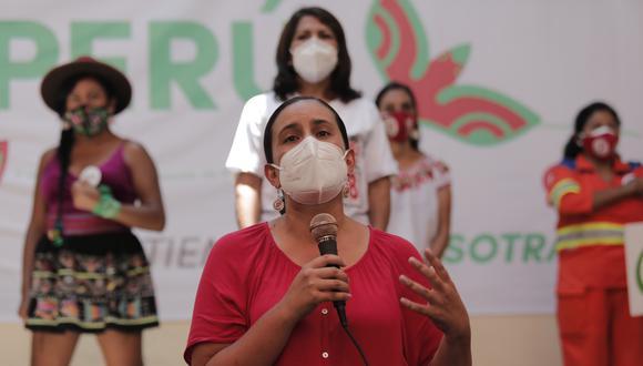"""Verónika Mendoza también plantea una """"nacionalización"""" del gas de Camisea para que """"beneficie en primer lugar al pueblo peruano"""". (Foto: Leandro Britto / GEC)"""