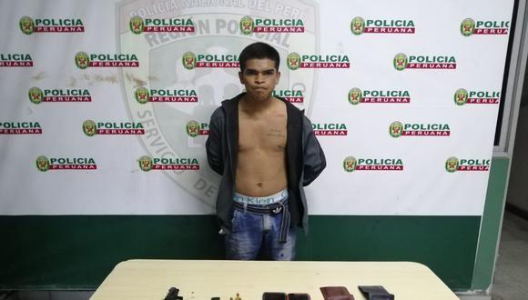 Delincuentes hicieron de las suyas en pollería de Villa El Salvador. Este es uno de los detenidos