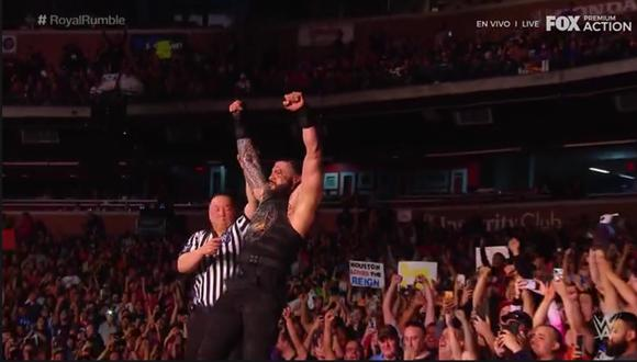 Roman Reigns se cobró su revancha ante el rey Corbin. (Captura TV)