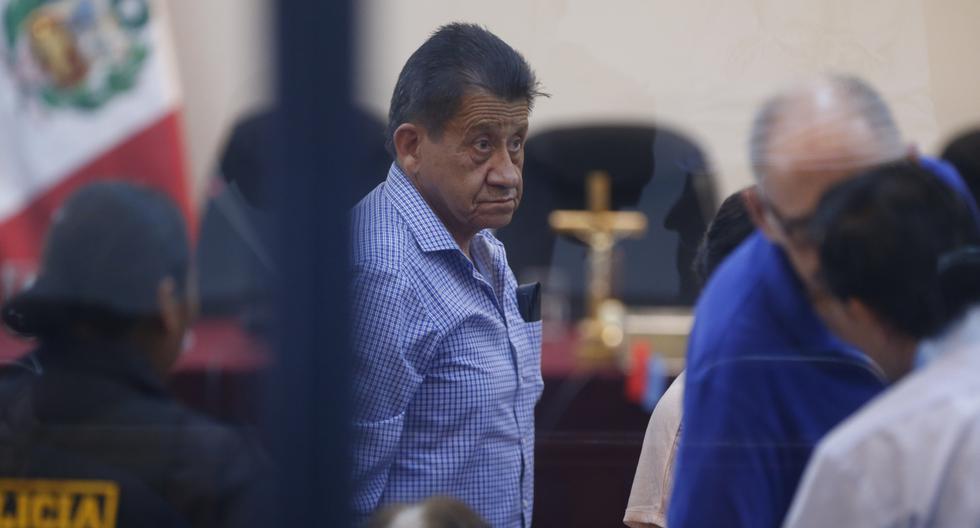 Pepitas siempre con las calientitas de la política peruana.