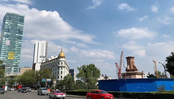 Vista del sitio en el que se ubicaba la estatua de Cristóbal Colón, en Ciudad de México. (EFE/José Pazos).