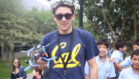 DAvid Domínguez Hooper, campeón de competencia de drones de la Universidad de Berkeley.