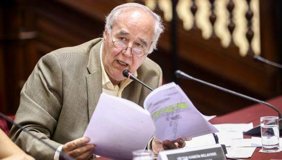 Víctor Andrés García Belaunde señala que en el Callao se fomenta y se habita con la corrupción.