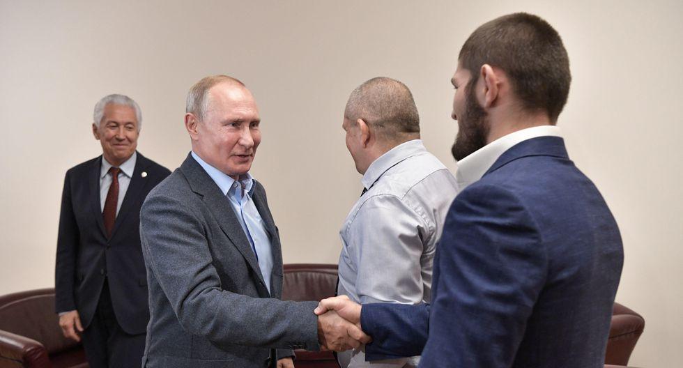 El líder del gobierno ruso Vladimir Putin felicitó a Khabib Nurmagomedov por su gran victoria. (Redes sociales)