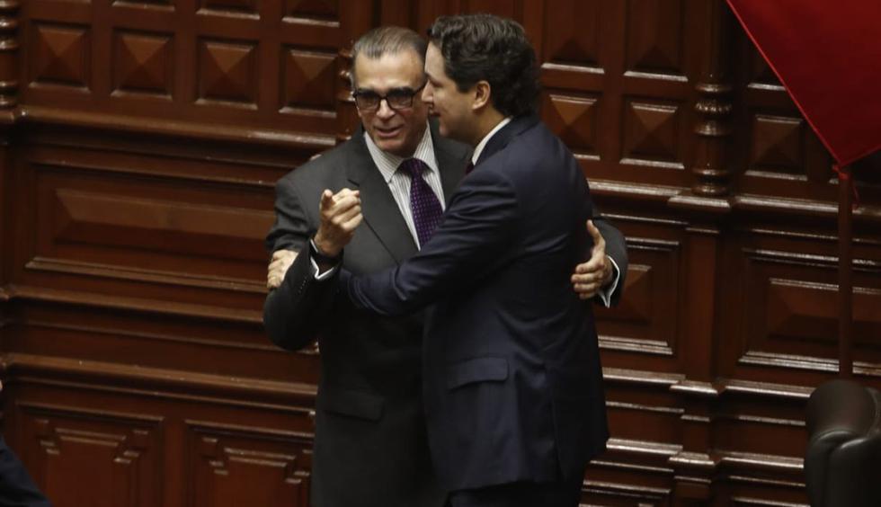Pedro Olaechea se convirtió en el nuevo presidente del Congreso tras derrotar a Daniel Salaverry. Foto: Cesar Campos