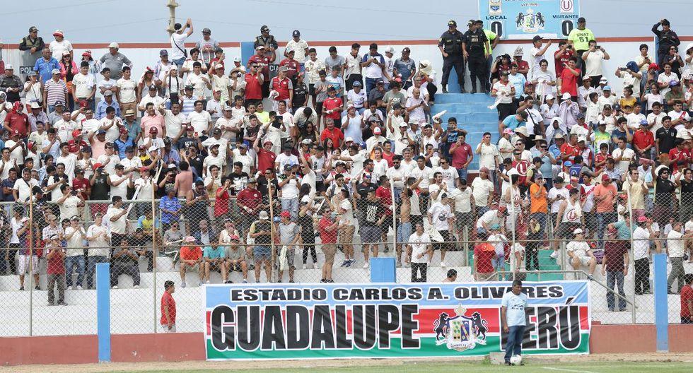 Los hinchas de Universitario s edieron cita en Guadalupe. (Foto: Fernando Sangama)