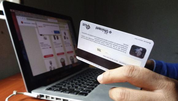El acceso a los estados de cuenta de tus tarjetas de crédito se puede hacer desde una computadora o desde cualquier dispositivo electrónico, a través de la banca por Internet o de las 'app' habilitadas por las propias entidades financieras (Foto: Andina)