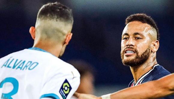 Neymar le propinó un lapo a Álvaro González