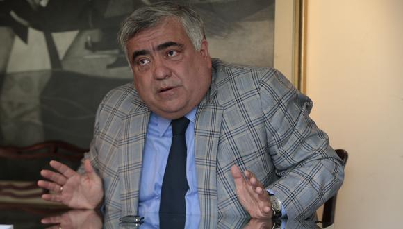 El abogado constitucionalista Enrique Ghersi calificó las últimas declaraciones del jefe de Estado, Francisco Sagasti, como desafortunadas y fuera de la realidad en referencia a la segunda vuelta.