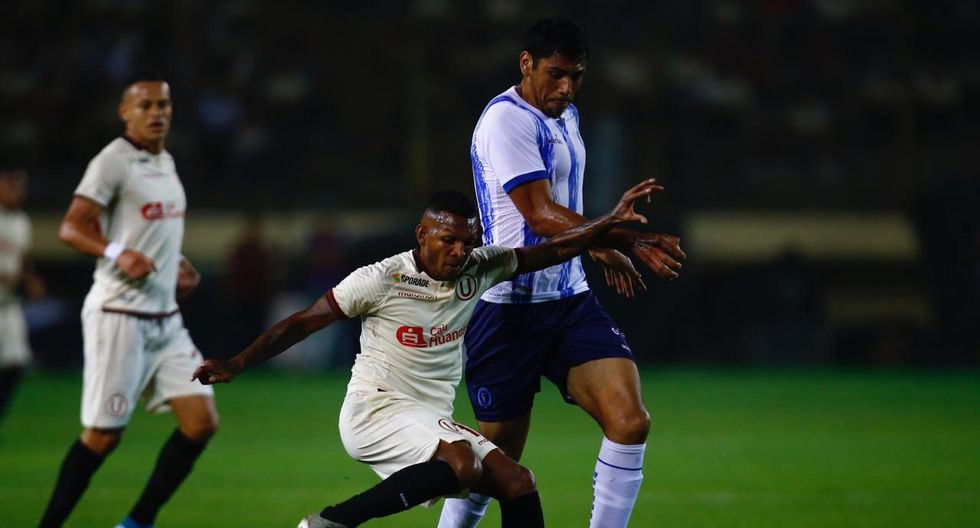 Universitario vs. Cerro Largo