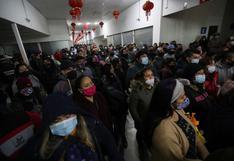 """Coronavirus en Chile: """"La estupidez humana fue superior"""", dice alcalde por aglomeraciones"""