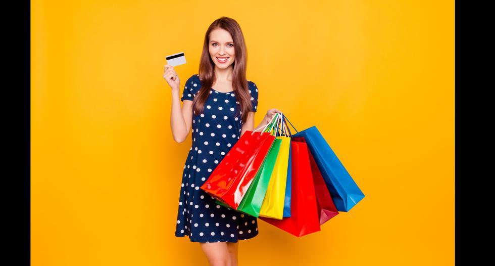 Aquellas compras por impulso y que no necesitas son catalogados como 'gastos emocionales'.