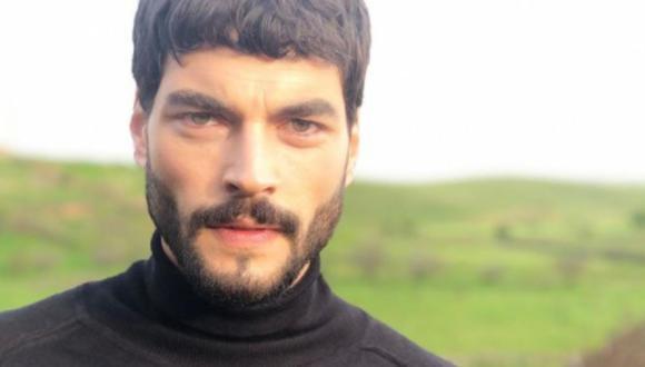 "El actor protagoniza la telenovela turca ""Hercai: Amor y Venganza"" (Foto: Akın Akınözü / Instagram)"