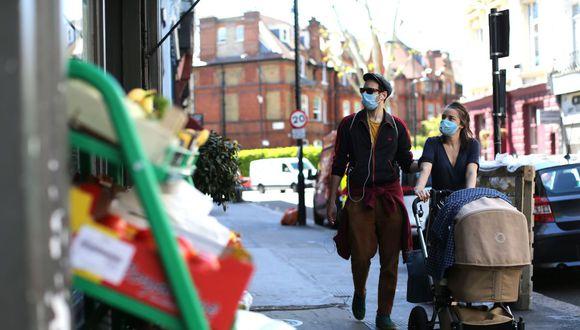 """Polémica en Reino Unido por """"prohibición del sexo"""" para evitar el coronavirus. (AFP / ISABEL INFANTES)"""