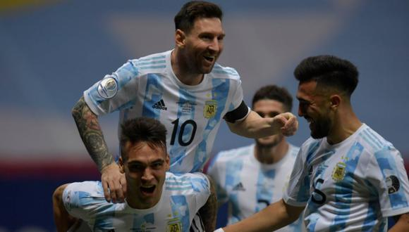 Lionel Messi asistió a Lautaro Martínez para gol de Argentina ante Colombia por Copa América 2021.