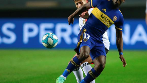Boca Juniors, con Advincula, venció a Colón por la Liga Argentina | (Argentina). EFE/Demian Alday Estevez