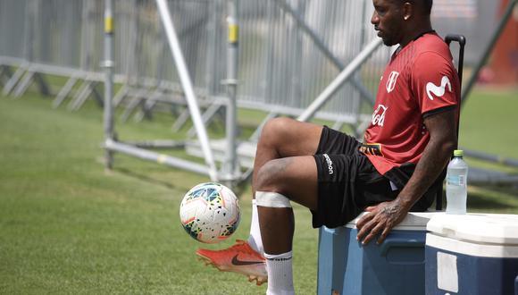 Jefferson Farfán y su regreso a casa. La 'Foquita' deberá demostrar su total recuperación a la rodilla izquierda. (Foto: FPF)
