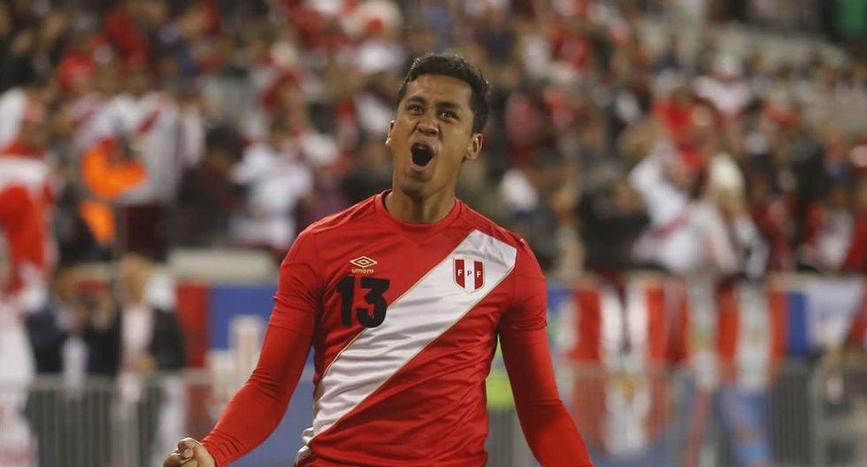 Renato Tapia jamás jugó como profesional en Sudamérica