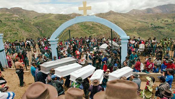 Fueron 69 las víctimas de la masacre de Lucanamarca, en Huancasancos, Ayacucho, en abril de 1983, la primera matanza que Sendero Luminoso cometió y reivindicó. Fue una represalia ordenada por Abimael Guzmán. (GEC)
