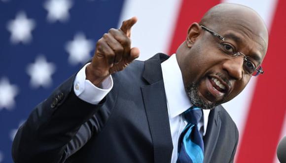 Raphael Warnock, de 51 años, se ha convertido en sinónimo de la historia de la lucha de los afroamericanos por los derechos civiles. (Foto: Jim Watson/AFP/Getty Images)