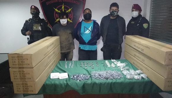 Policía capturó a tres sujetos en flagrante delito. (PNP)