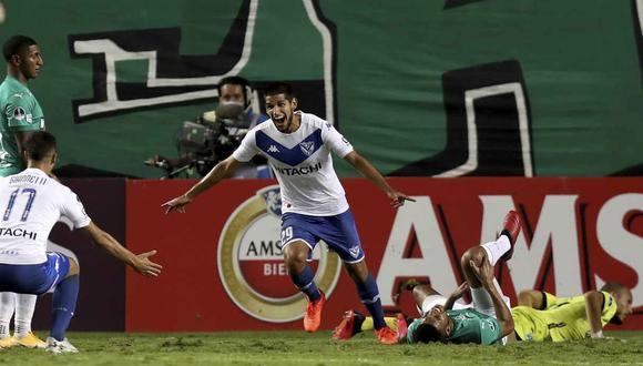 Luis Abram destaca en Vélez Sarsfield. (Foto: AP)