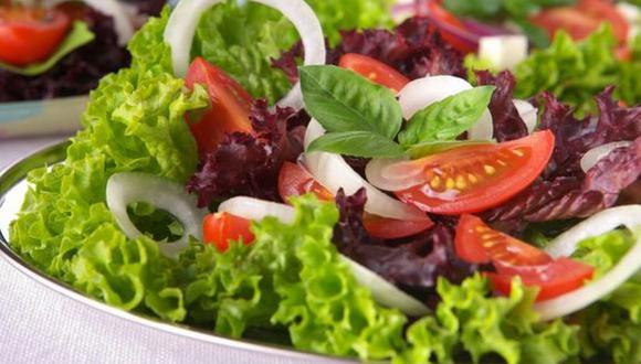 Comiendo saludablemente fortalecemos nuestro sistema inmune.