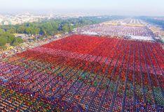 Unos 30.000 monjes se reúnen en Birmania para obtener limosnas   FOTOS