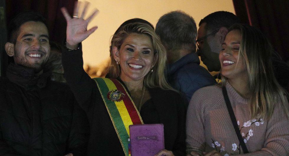 Jeanine Añez se declaró como nueva presidenta de Bolivia. (Fotos: Agencias)