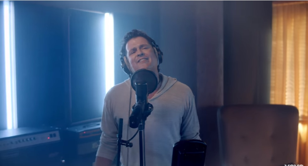 YouTube Video Musical - Carlos Vives